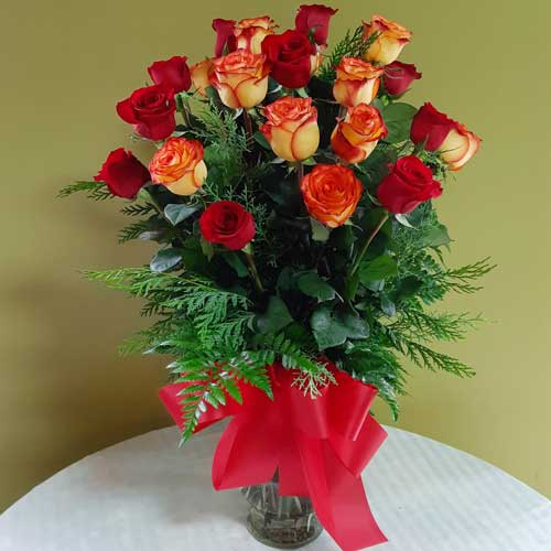 PF-252: Two Dozen Roses ($135.00)